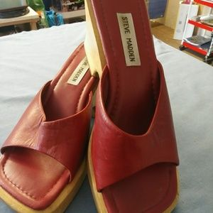 Vintage Steve Madden Carlie Slide on Sandals.